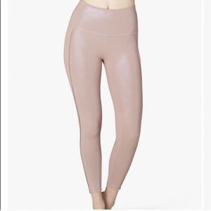 Beyond Yoga Pearlized Legging